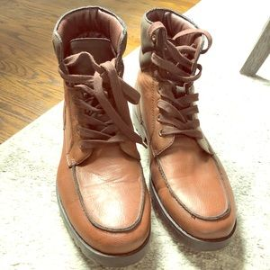 Men's Boots LIKE NEW (worn once)